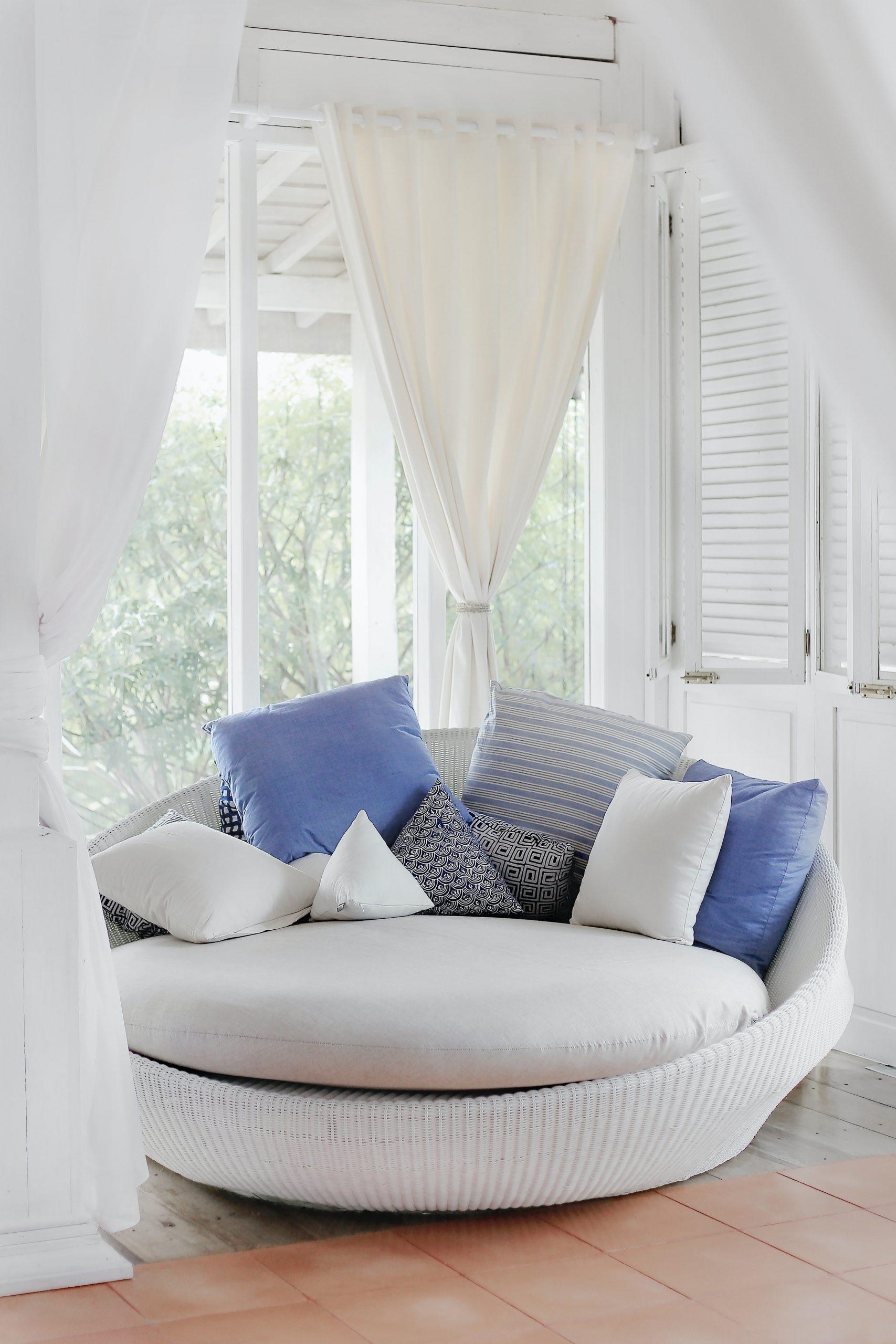 Na co zwrócić uwagę wybierając sofę do salonu?